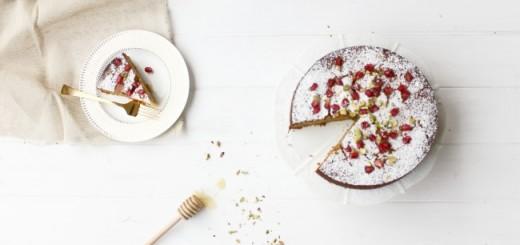 Pistachio honey cake