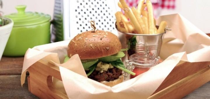 Black Pudding Burger Recipe   TheTaste.ie