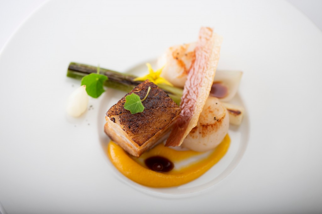 rinuccini-confit-of-pork-belly-with-scallop