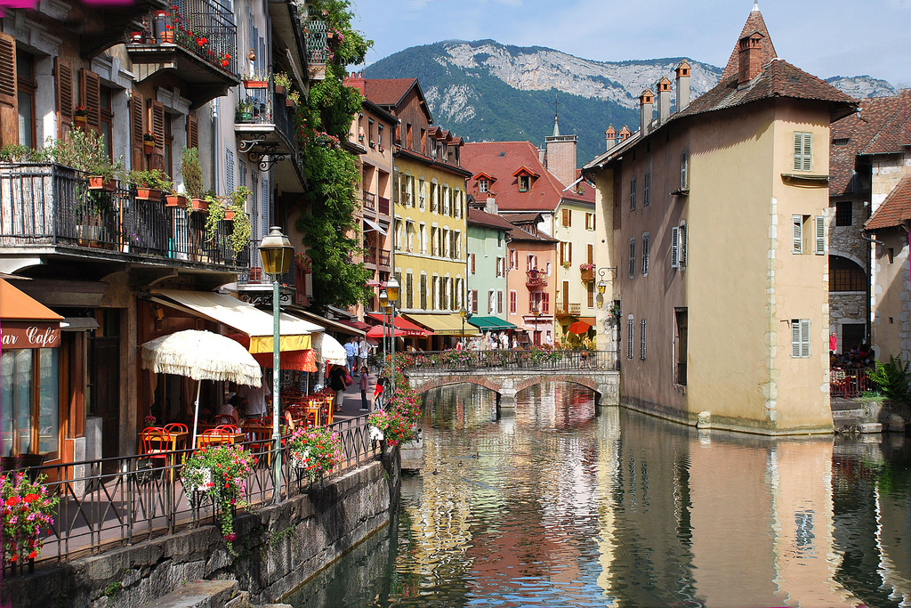 15 Up and Coming Romantic Holiday Destinations for Wanderlovers