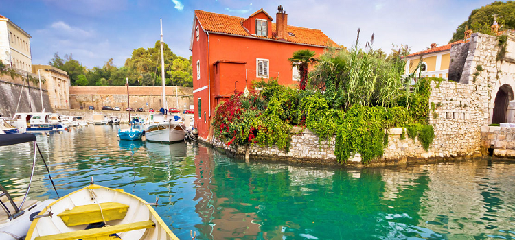 15 Up and Coming Romantic Holiday Destinations for Wanderlovers [February Edition]