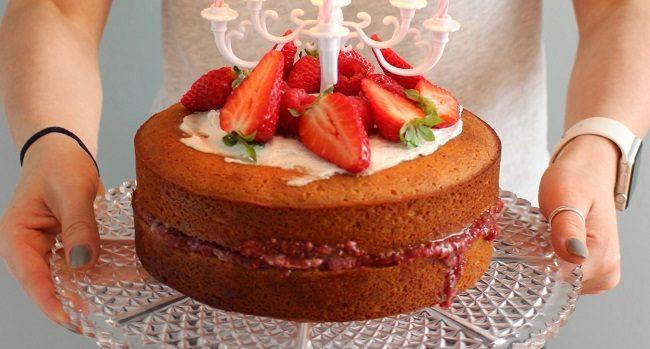 Healthy Victoria Sponge Cake Recipe