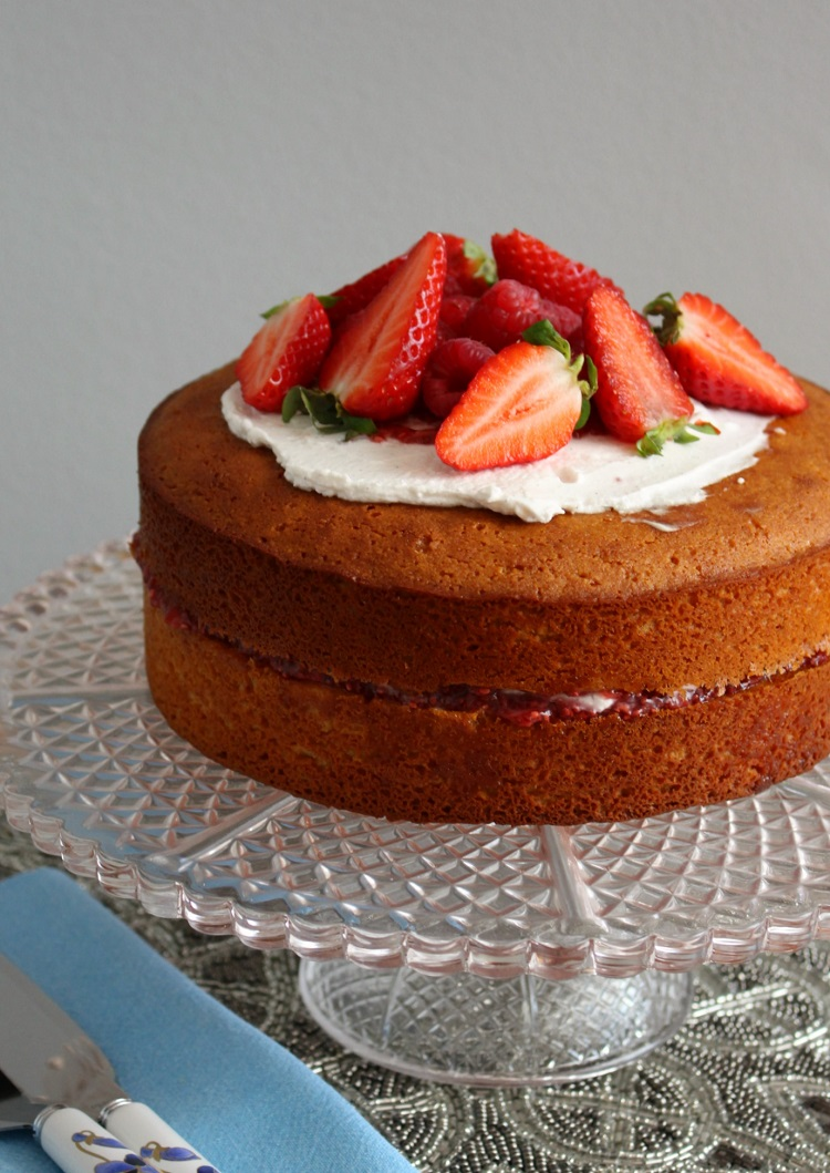 Sponge Cake Artinya : Sponge Cake Recipe - TheTaste.ie