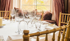 Discover Premium California Wines with Delectable Tasting Plates at an Exclusive Evening in Residence Club for €20