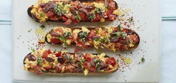 tomato toast scrambled eggs recipe