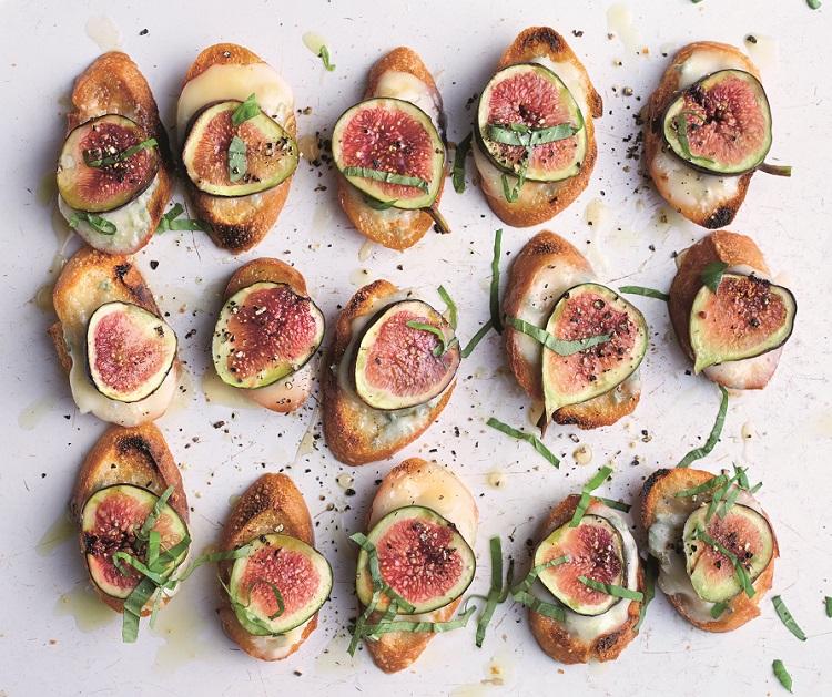 fig gorgonzola croutes recipe 1