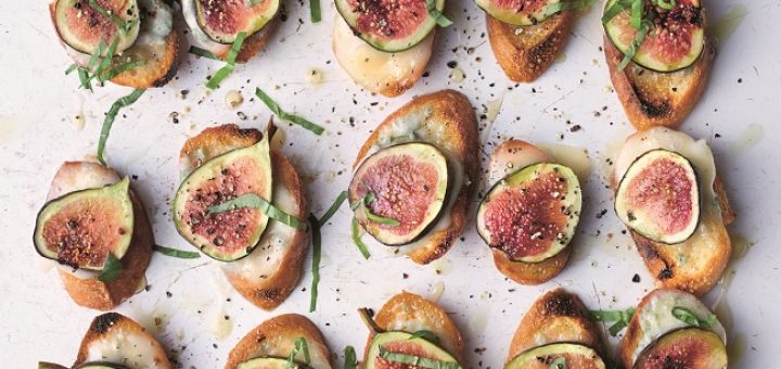 fig gorgonzola croutes recipe