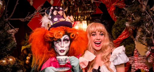 The Perfect Unbirthday Treat This Alice in Wonderland Afternoon Tea Looks Madly Cool