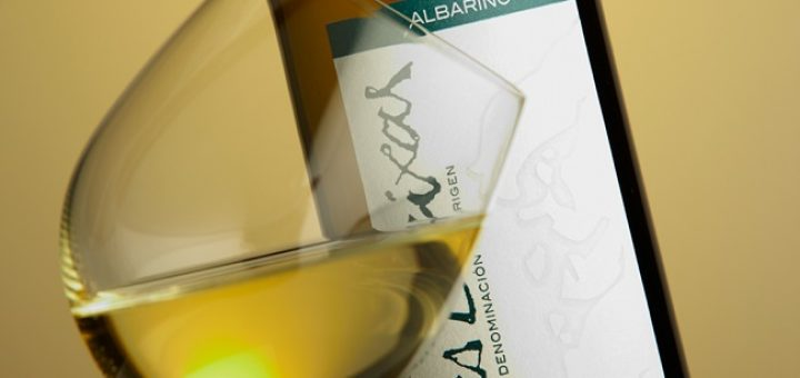 Savour the Last Drop of Summer with a Tasting of Wines from Rías Baixas in L'Atitude 51