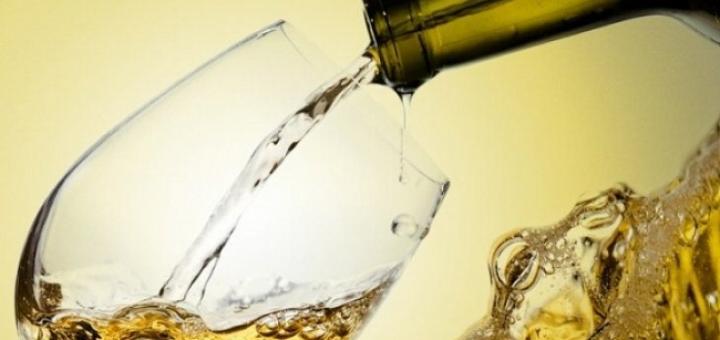 Drop that Detox Tea: Healthy Wine Now Exists