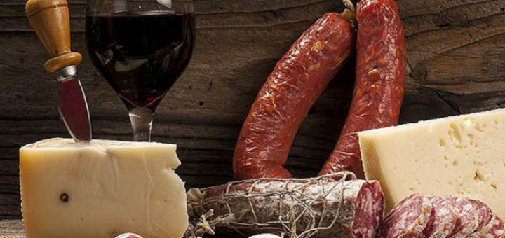 This French Wine Evening at Piglet Wine Bar is the Perfect Excuse for a Delicious Soirée