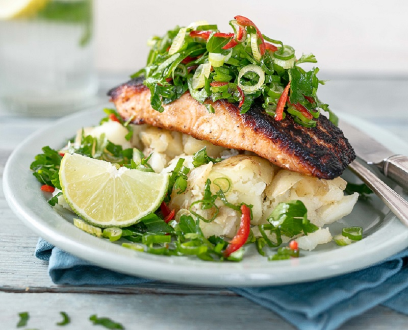 Spicy Salmon with Chilli Lime Sauce Recipe From Siúcra x Catherine Fulvio
